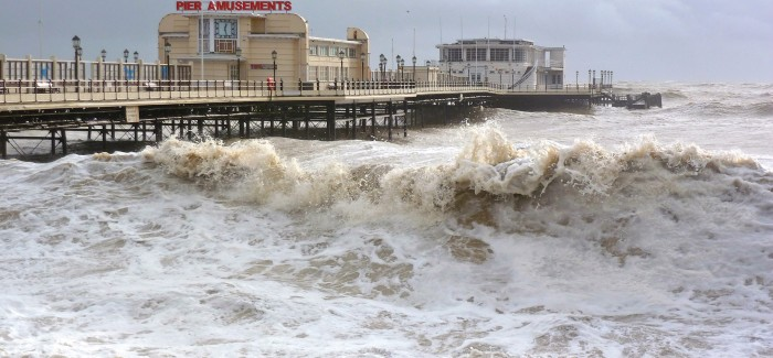 Worthing pier storm