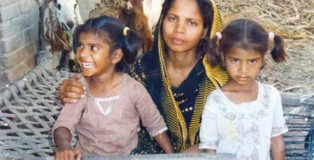 Asia Bibi with her two daughters. She has been on death row for five years