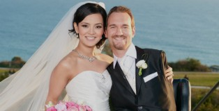 Nick and Kanae Vujicic pictured on their wedding day (credit: Waterbrook Press)