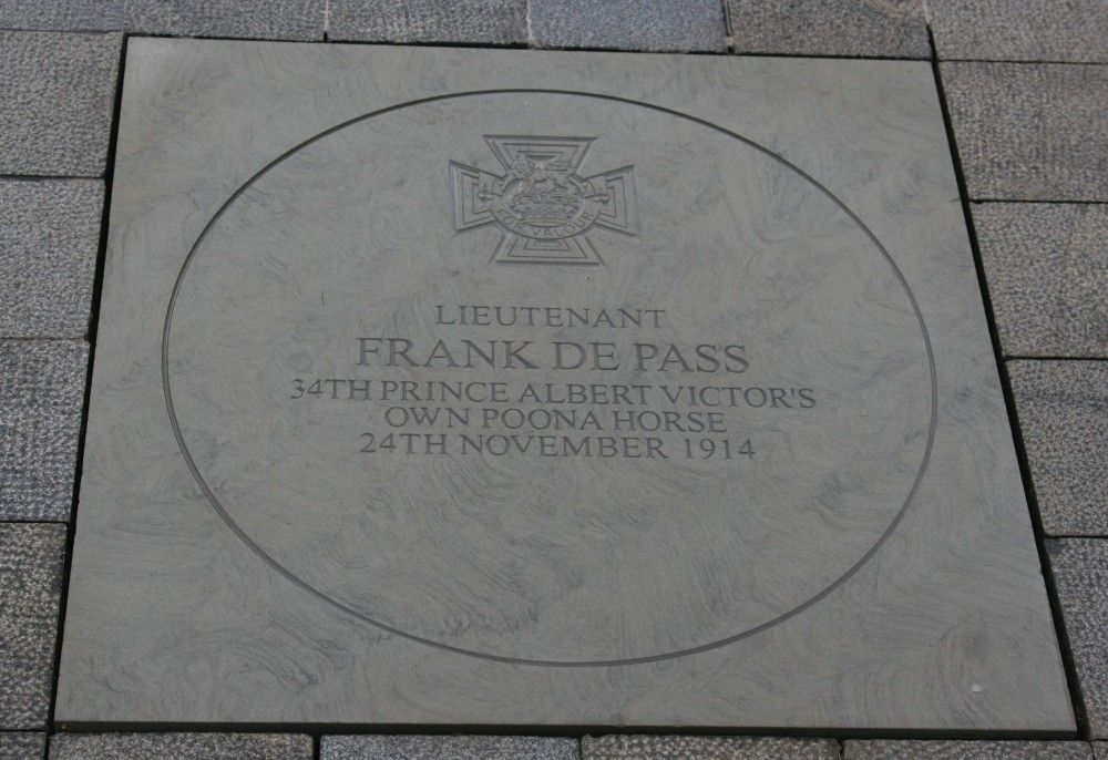 LEST WE FORGET: The plaque paying tribute to Lt Frank de Pass, unveiled on the centenary of his brave action on 24th November 2014 in the Whitehall extension of London's Victoria Embankment Gardens. Picture: Charles Gardner