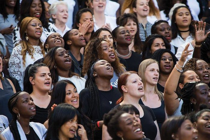 'Thousands' find faith at Arsenal's stadium