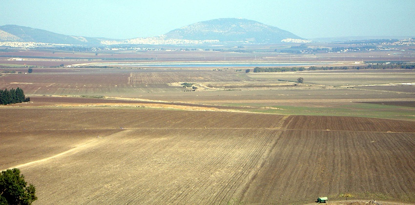 Jezreel_Valley_and_Mount_Tabor lands