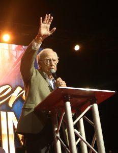 Pastor Colin Urquhart