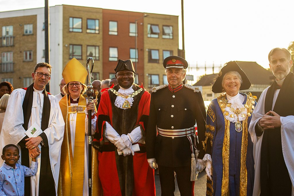 Rev David Ackerman with the Bishop of London, the Lord Mayor of Westminster, Lieutenant for Westminster, Mayor of Brent and Area Dean after an anniversary evensong in September 2019